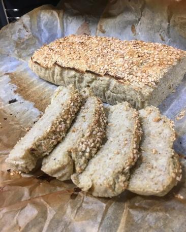 Rebanadas de pan de plátano macho