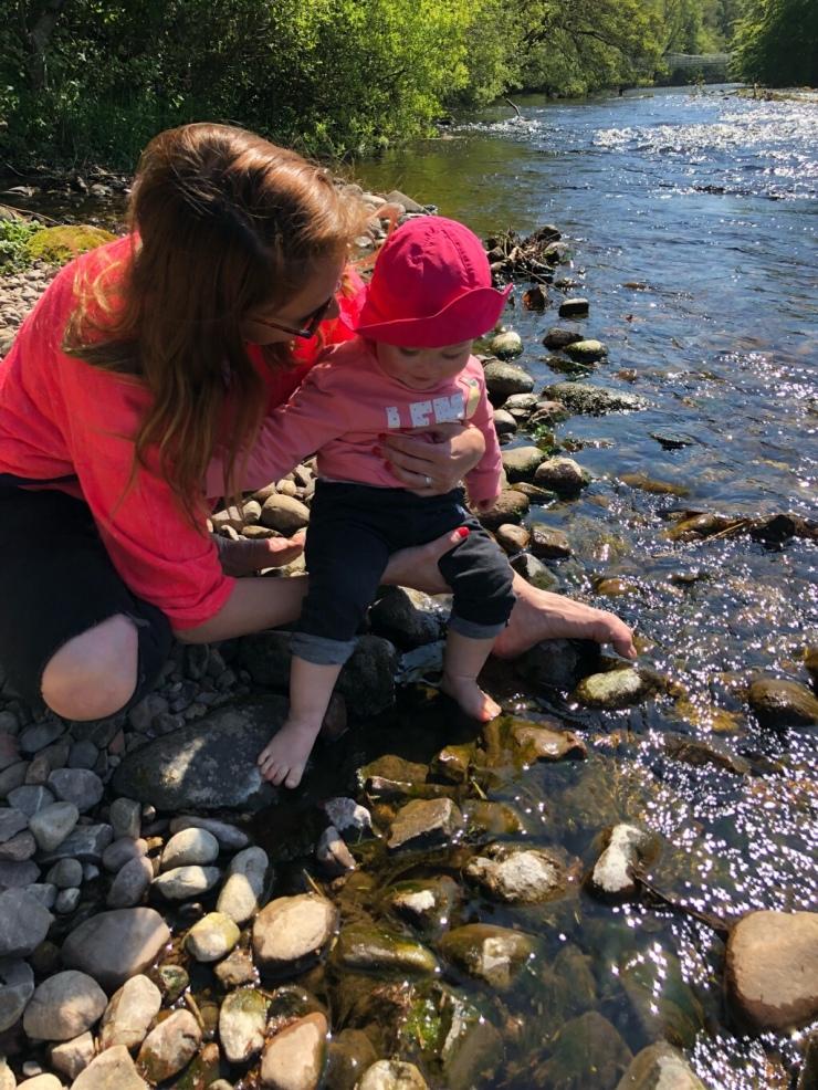 Nessie Island y río Ness