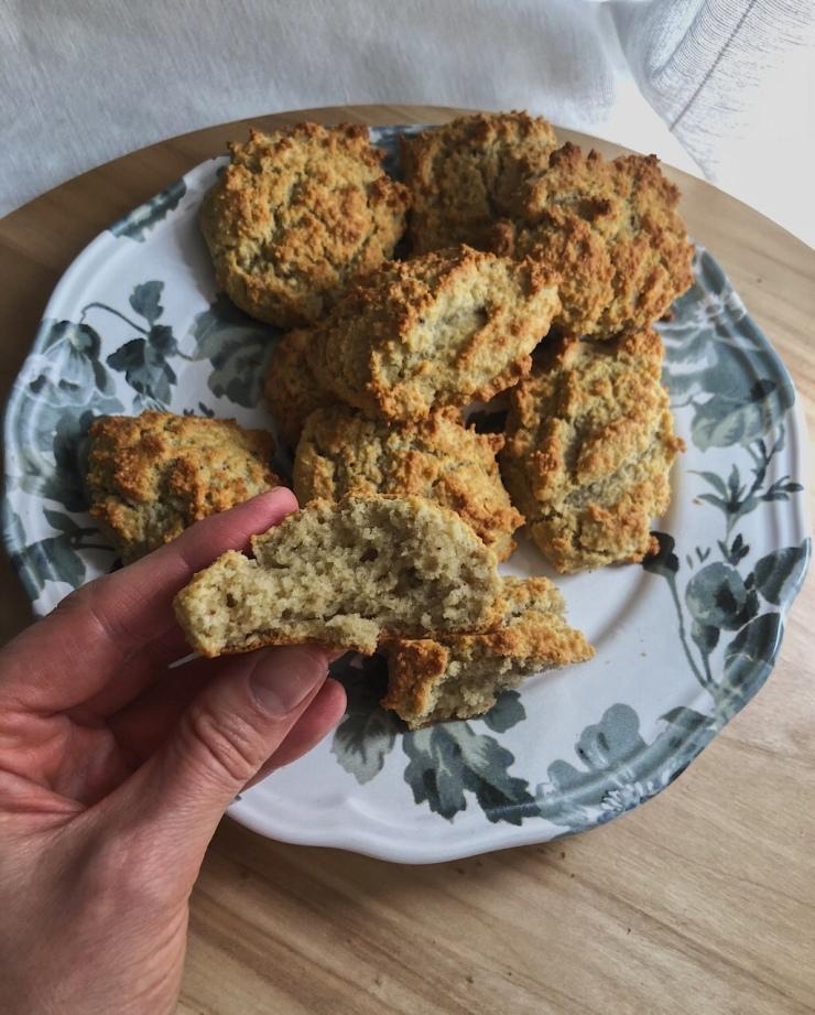 galletas bizcochonas de almendra